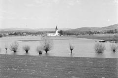 Sl.-14-teren-poplavljen-Otok